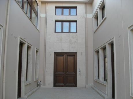Ολοκληρωμένο έργο, Κηφισιά - Κτίριο γραφείων, είσοδος