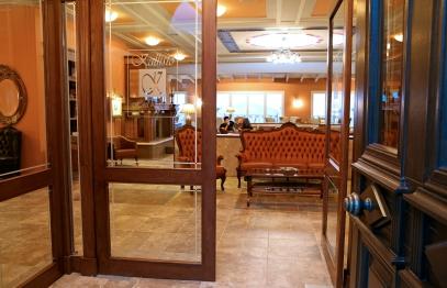 Διφυλλη πόρτα ξενοδοχείου, ενδιάμεση, alle retour
